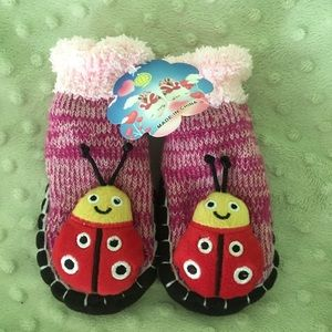 Other - ✔️NWT Ladybug Baby Slippers 6-12 months